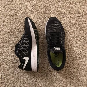 Nike Zoom Pegasus 32 Black Shoes Size 9